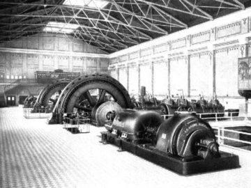 Heizkraftwerk Leipzig Süd, Maschinenhaus